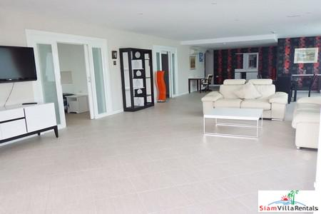 Super Large Condo for Rent Near Cosy Beach on Pratumnak Hills