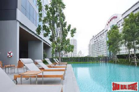 Newly Built One Bedroom Condominium with Unblocked City Views, Sukhumvit 13, Bangkok