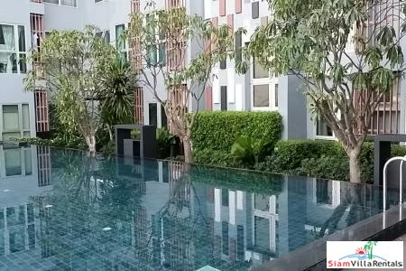 Luxury Two Bedroom Private Garden Wing Next to MRT in Ratchadaphisk, Bangkok
