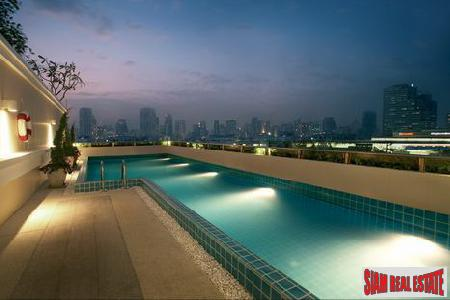 New Impressive One Bedroom for Sale on Sukhumvit 42, Bangkok