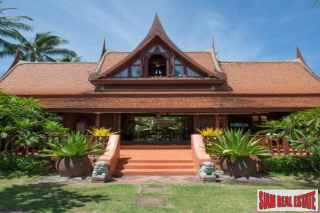 Thai Style Beach Villa at Lipa Noi, Samui