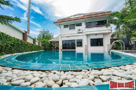 Quick Sale! Beautiful Big 4Beds House with Large Private Pool Villa