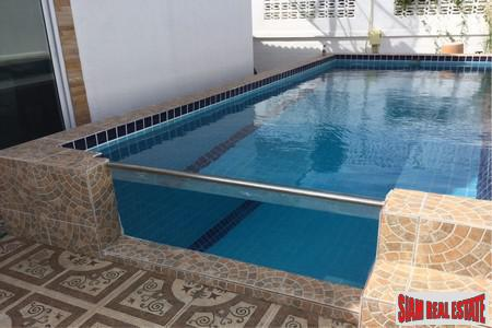 4 Beds Private Pool house Close to City Center within Very Short Walk to Jomtien Beach