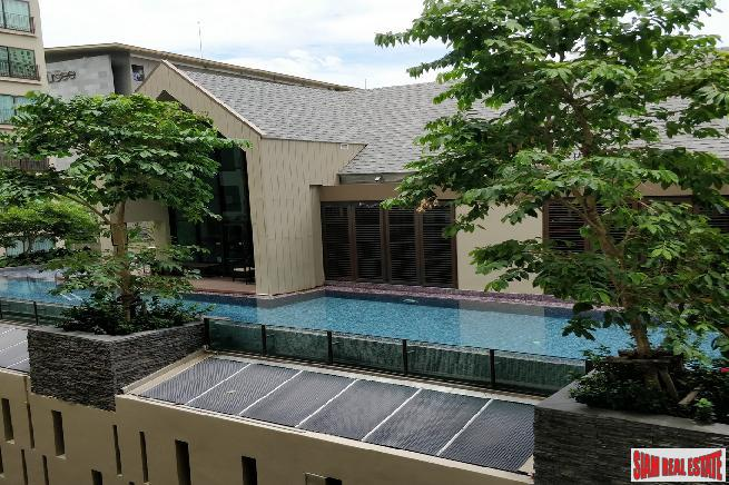 New and Modern Two Bedroom Condo For Sale Near the BTS at Sukhumvit 26