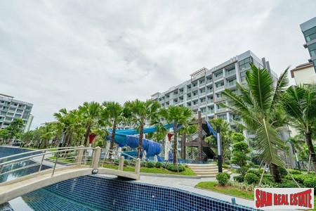 The Condominium Resort Style Surrounding by Huge Lagoon Pool