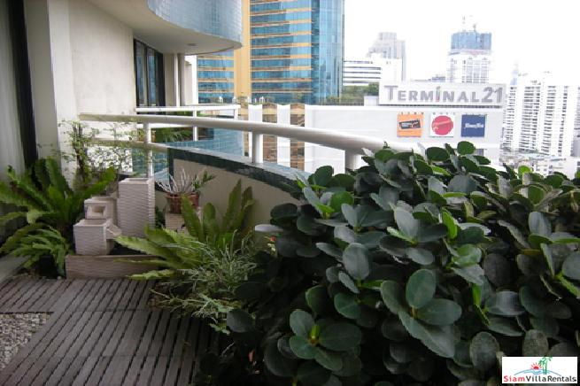 LAS COLINAS ASOKE | Extra Large Deluxe One Bedroom in the Sukhumvit Asoke Area of Bangkok