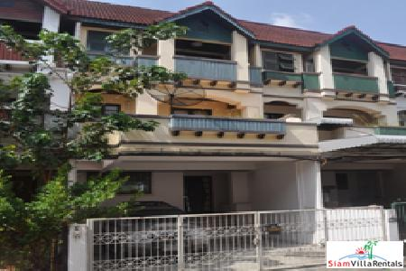 Three Storey, Four Bedroom Townhome for Rent in Huai Khwang, Bangkok