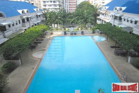 Classic Large Four Bedroom on the 19th at Sukhumvit 31, Bangkok
