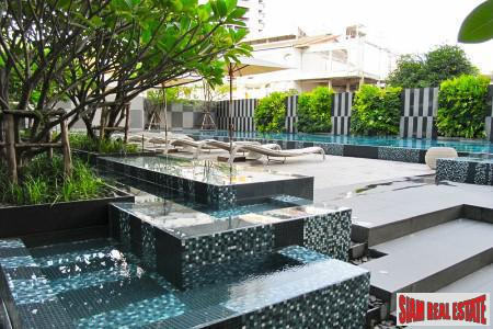 Contemporary One Bedroom in Unique Low Rise Building in the City Center, Khlong Toei, Bangkok