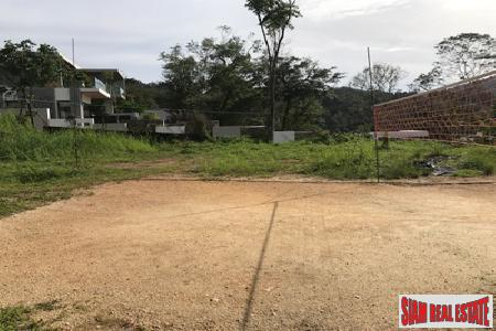 Hillside Land for Sale in 3