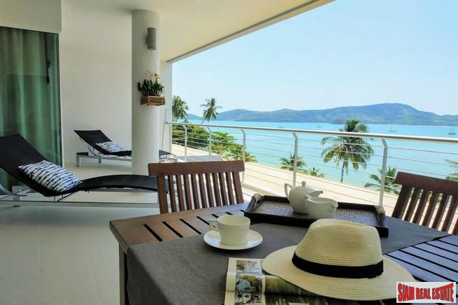 Breathtaking Seaview Condominium on the 9