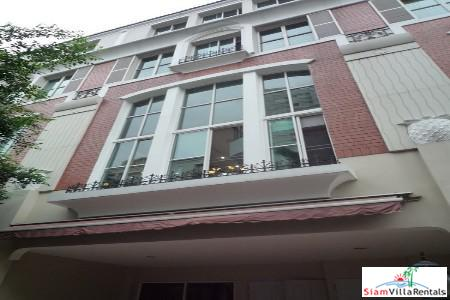 Elegant 4.5 Storey Townhouse for Rent  in Thong Lo, Bangkok