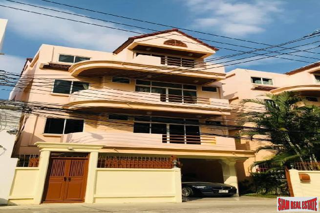 Beautiful Three + Bedroom Home with Tropical Garden for Rent in Phormphong, Bangkok