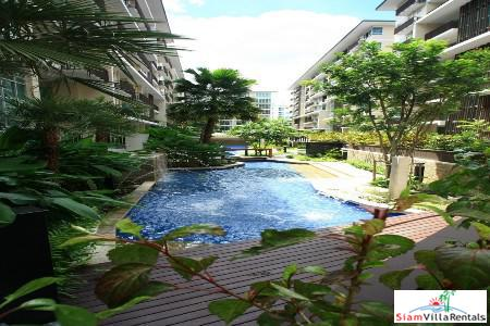 Pool Views from this Two Bedroom in Thong Lo, Bangkok
