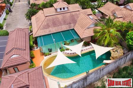 Large Luxury Pool Villa for Sale in Bang Saray Pattaya