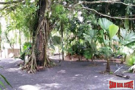 Private and Secluded Two Bedroom 10