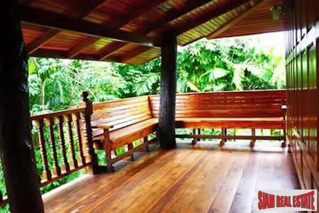 Private and Secluded Two Bedroom 4