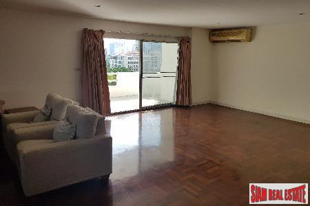 Spacious and Centrally located Four 13