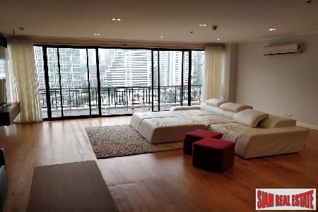 Panoramic City Views from this Three Bedroom Luxury Condo on Sukhumvit 31, Bangkok