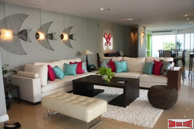 Large Three Bedroom Duplex for Sale in Thong Lo, Bangkok