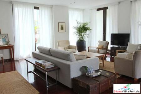 Unique Four Bedroom Luxury Apartment in the Heart of the Financial District, Surasak, Bangkok