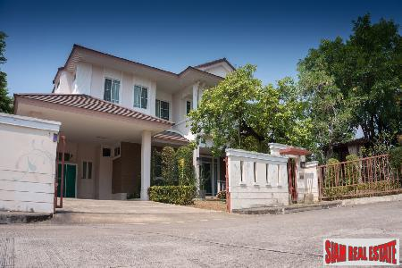 Modern and Spacious Five Bedroom Home in Suthep, Chiang Mai