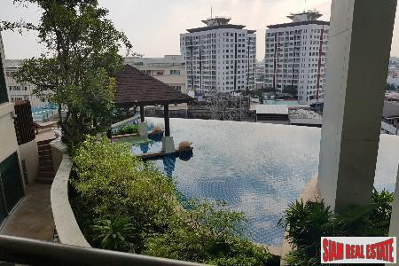 Spacious One Bedroom on the 26th Floor in Phra Khanong, Bangkok
