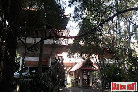 Beautiful Thai Style Two Bedroom Home on the Hillside of Doi Saket, Chiang Mai