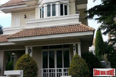 Three Bedroom Family Home Conveniently Located in Chiang Mai