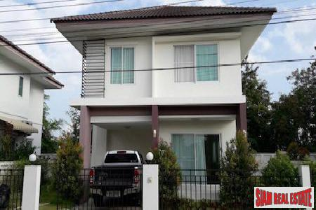 New Cozy Three Bedroom in Pa Pong, Chiang Mai