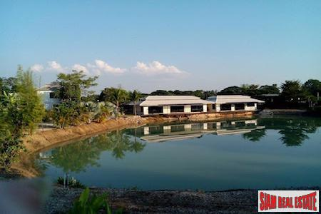 New Resort and Large Land Plot in a Developing Area of Hang Dong, Chiang Mai