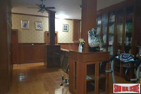 Centrally Located Furnished Six Bedroom 3