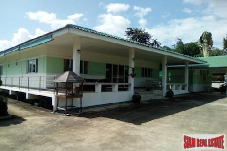 Investment Opportunity with this Thai Style 4 Bedroom in Nam Phrae, Chiang Mai