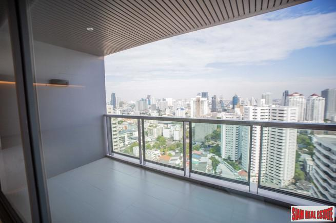 Tremendous City Views from this Three Bedroom Deluxe Duplex Penthouse near Sukhumvit 43, Bangkok