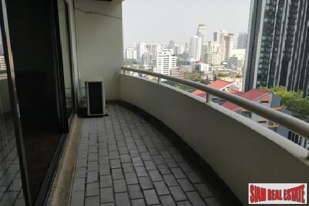 Classic Two Bedroom on Sukhumvit 10