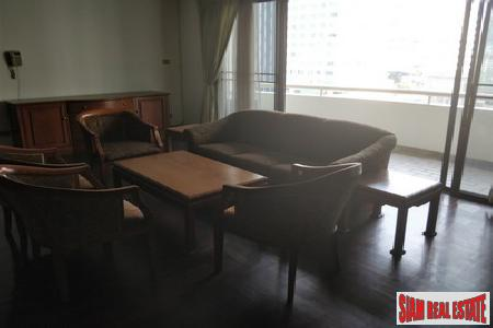 Classic Two Bedroom on Sukhumvit 6