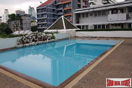 Large Penthouse Condo at Sukhumvit 23, Bangkok