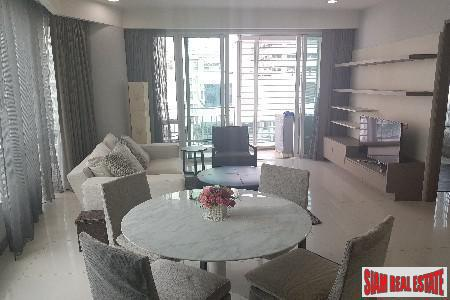 One Bedroom Corner Unit on 20th Floor in Lumphini, Bangkok