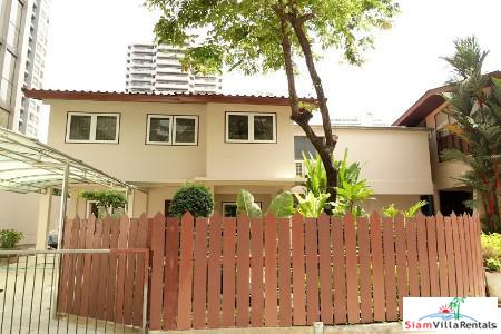 Single Family Home in the Middle of the Business District, Sukhumvit 41, Bangkok