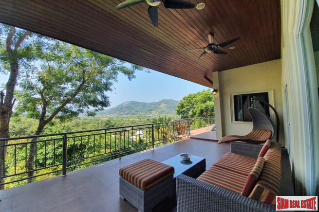 Kathu Golf View Villa near Loch Palm with Large Pool, 4 km from BIS