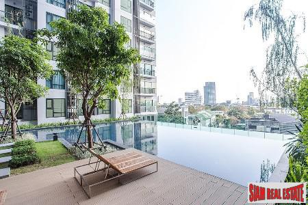 Rhythm Sukhumvit 36-38 | Modern Furnished Two Bedroom Condo for Sale on Sukhumvit 36