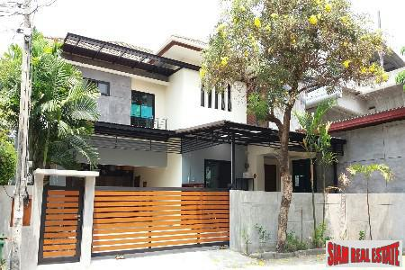 Large Single House Near the Airport, in Prawet, Bangkok