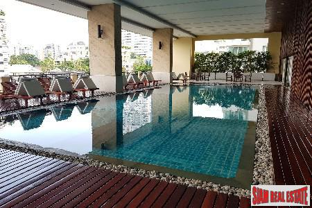 Large Two Bedroom with City Views in Khlong Toei, Bangkok