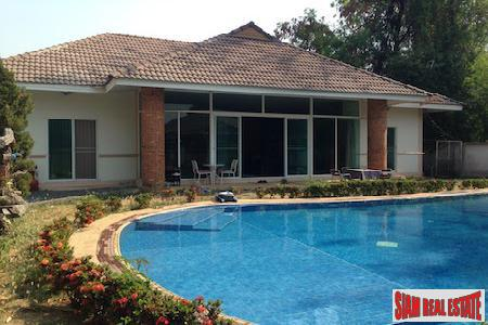 A Great Value for a Two Bedroom with Pool in Hang Dong, Chiang Mai