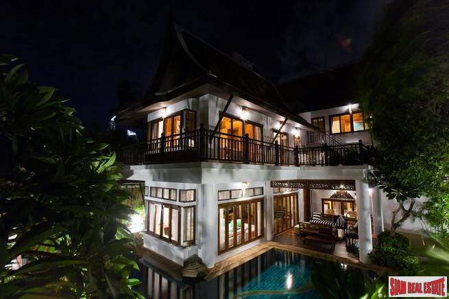 Elegant 5BRs Private Pool Villa with Direct Beach Access for Rent