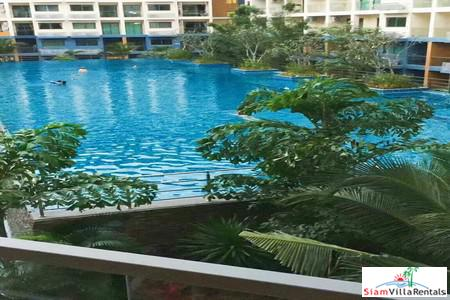 1 Bedroom Beach Resort Style in Jomtien with Pool Access - Short Distance from the Beach.