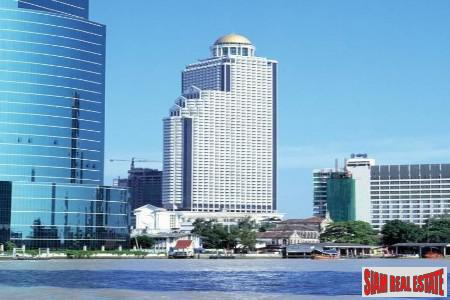 State Tower | Large Contemporary Studio with River Views in Silom