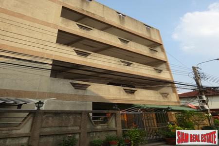Apartment Building with Ready Investment Opportunity or Great Renovation Project at On Nut, Suan Luang