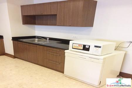 Luxury Furnished Two Bedroom next 10