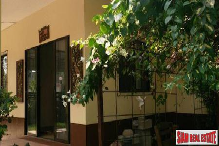Comfortable  Single Story Three Bedroom in Pa Daet, Chiang Mai